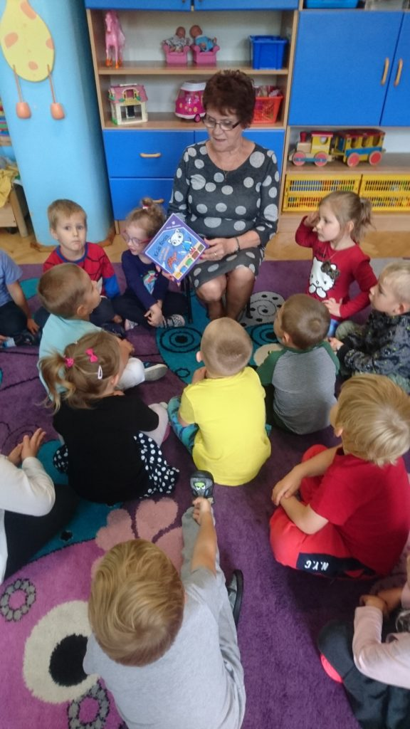 Kicia Kocia - czyta Babcia Bianki T.